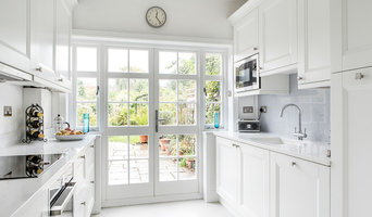 Bright and Cleanly White Kitchen