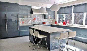 Bright and Modern European Style Kitchen