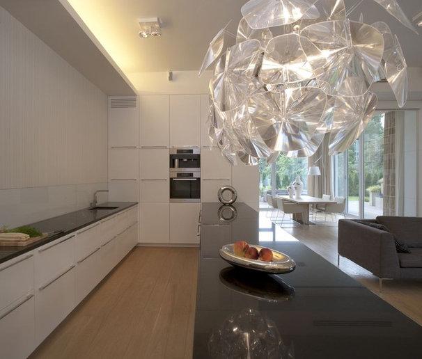 Contemporary Kitchen by Exit - Interior design