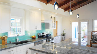 Bright Coastal Kitchen