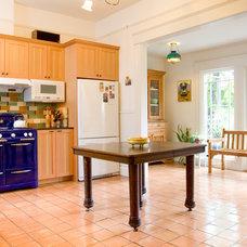 Contemporary Kitchen by Aaron Gordon Construction, Inc.
