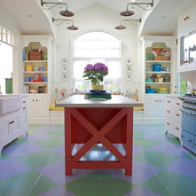 Beach Style Kitchen by Alison Kandler Interior Design