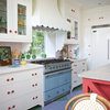 The Many Ways to Get Creative With Kitchen Hoods