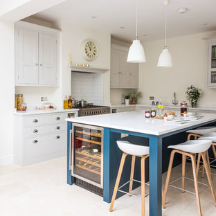 Bright Open Plan Family Kitchen in London
