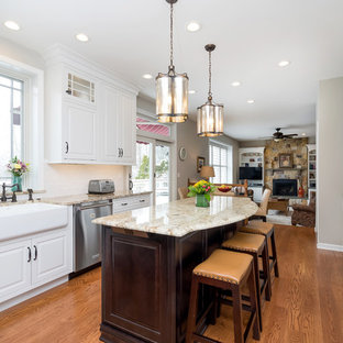 Bright Traditional Kitchen in Pipersville