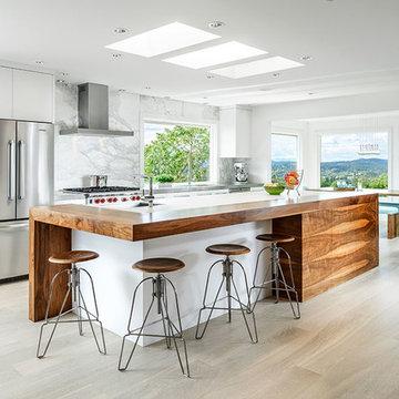 Bright White Dream Kitchen