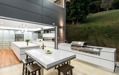How to Plan a Kitchen That Extends Outside