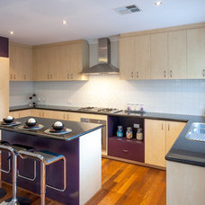 Modern Kitchen by Interior Rejuvenations