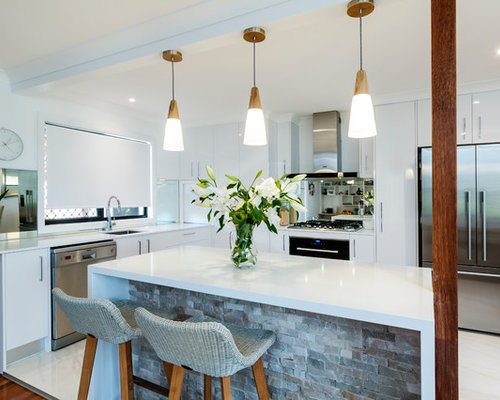 Design Ideas For A Small Contemporary L Shaped Kitchen In Gold Coast    Tweed With