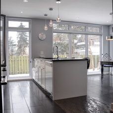 Contemporary Kitchen by Bipède