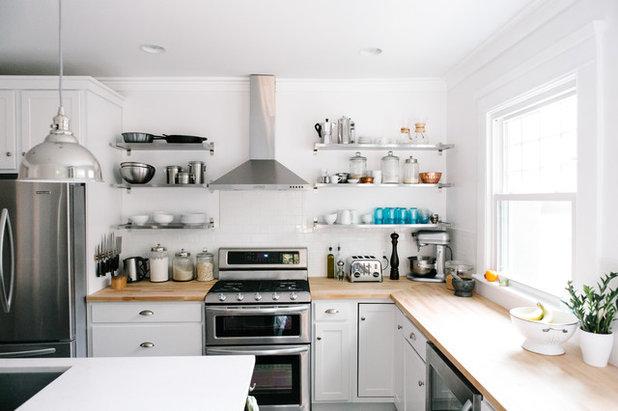 Di transizione Cucina by Emergent Construction
