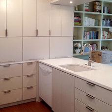 Contemporary Kitchen by Lauren Rubin Architecture