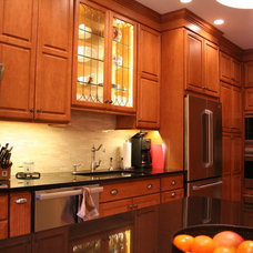 Traditional Kitchen by A & D Kitchen Interiors