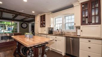 Brookfield Warm-Toned Kitchen