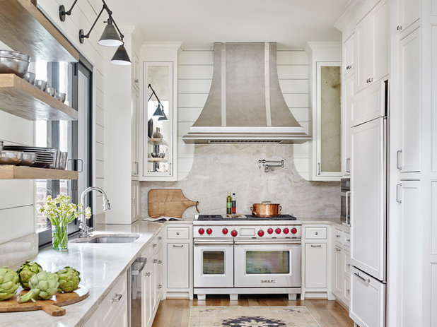 Farmhouse Kitchen by Davenport Designs