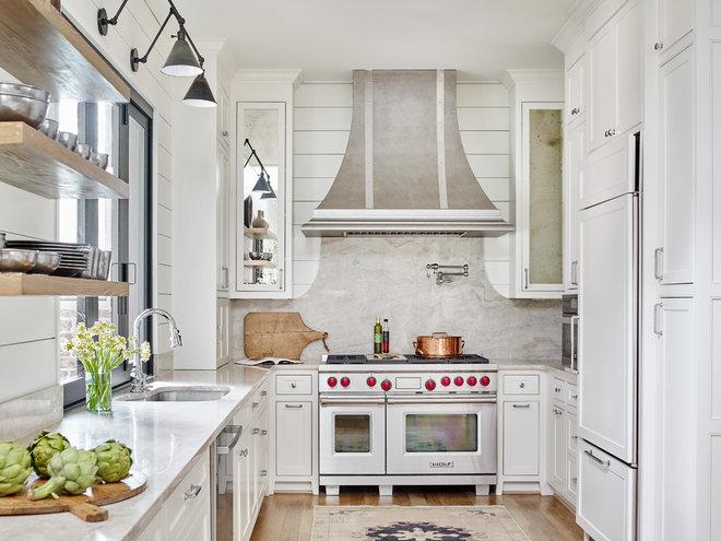Farmhouse Kitchen by Davenport Designs