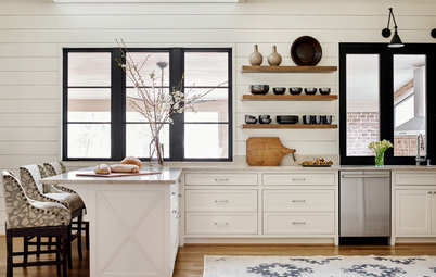 Room of the Day: Soothing Kitchen With a Clever Range Hood Hack