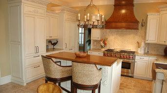 Brookhaven Kitchen-Antique White with Espresso Glaze Distressed Package DL01