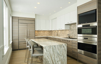 Kitchen of the Week: A New Island for Socializing and Baking