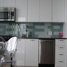 Modern Kitchen by BGDB Interior Design