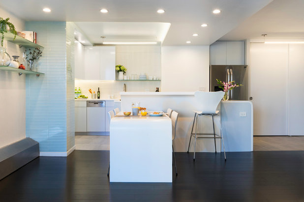 Contemporary Kitchen by Reverse Architecture