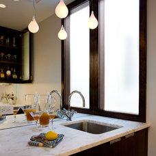 Modern Kitchen by CWB Architects