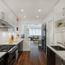Contemporary Kitchen by Ecostruct LLC