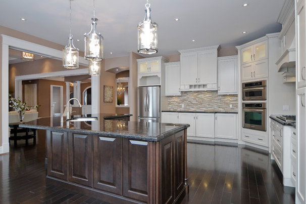 Traditional Kitchen by Kiya Developments Ltd.