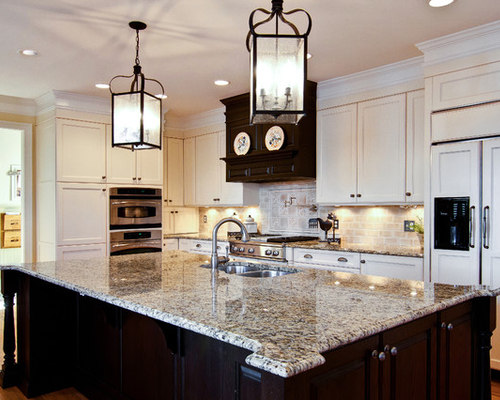 backsplash photos kitchen gold granite houzz 10224