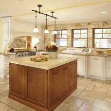 Traditional Kitchen by Graf Developments