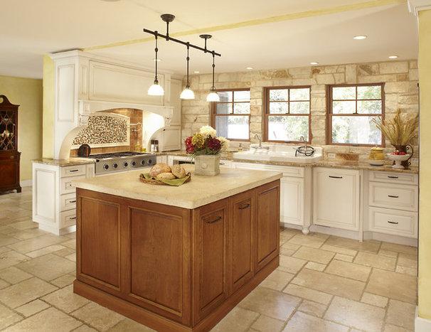 Traditional Kitchen by Graf Developments