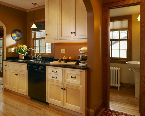 Maple cabinets home design ideas pictures remodel and decor Kitchen wall colors with maple cabinets