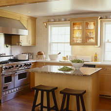 Traditional Kitchen by Sandvold Blanda Architecture + Interiors LLC
