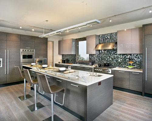 1 956 expansive kitchen design photos with multi coloured splashback