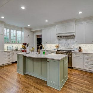 Kitchen ideas - Example of a kitchen design in Atlanta