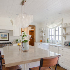 traditional kitchen by Jessica Bradley Interiors