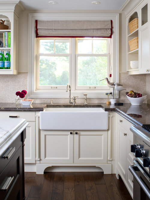 Inspiration For A Timeless Kitchen Remodel In Toronto With Mosaic Tile  Backsplash, Recessed Panel
