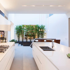 Contemporary Kitchen by ZBuilders