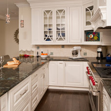 Traditional Kitchen by Artisan Kitchens and Baths