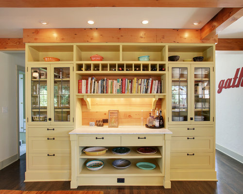 14 Stand Alone Bar Kitchen Design Photos With Yellow Cabinets