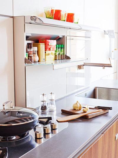 Moderno Cucina by Nicholas Yarsley photography - Studio - Shop