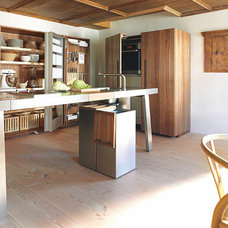 Modern Kitchen Bulthaup - Rustic modern kitchen