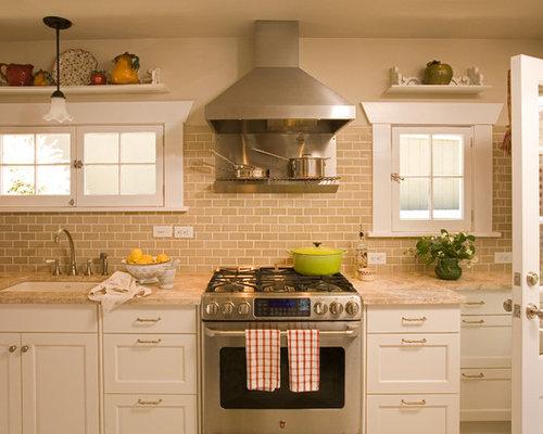 Inspiration For A Timeless Kitchen Remodel In Seattle With Subway Tile Backsplash