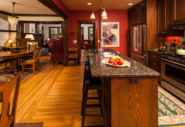 Craftsman Kitchen by Arbuckle Design Builders, LLC