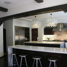 Contemporary Kitchen by Lewis / Schoeplein architects