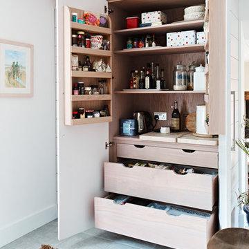 Burghclere - Bespoke Contemporary Kitchen