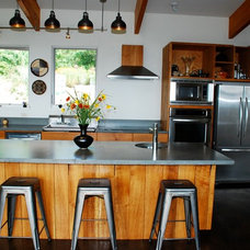 Contemporary Kitchen by Form & Function Architecture