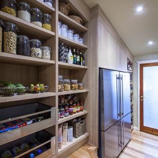 Elegant kitchen photo in Brisbane