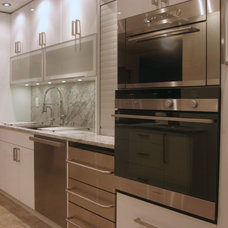 Contemporary Kitchen by SKG Renovations