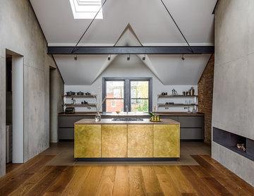 Burnished Brass & Fenix Kitchen